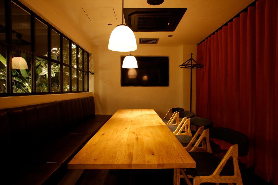 Room 8〜10名様個室